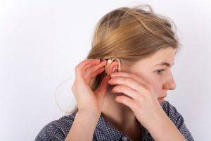 Salah Mengatur Alat Bantu Dengar, Apa Yang Terjadi?
