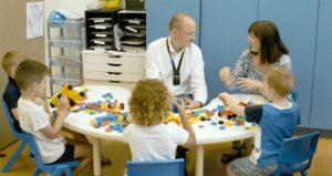 Manfaat Alat Bantu Dengar Untuk Anak-Anak