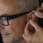 Alat Bantu Dengar Untuk Lansia, Rasakan Manfaatnya