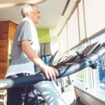 Menggunakan Alat Bantu Dengar Meskipun Sedang Berolahraga
